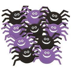 Smilende Edderkop Figur - Pakke med 10. De er da for søde de små edderkopper. Kan bruges som bordpynt, sættes på vinduer, hænges ned fra loftet eller i døråbningen. Flotte Halloween festartikler men kan også bruges til alle andre uhyggelige fester eller fester med edderkoppe-tema.