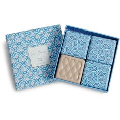 Vera Bradley Soap Gift Set in Cotton Flower ($38) ❤ liked on Polyvore featuring beauty products, gift sets & kits, beauty, cotton flower и vera bradley