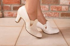 Vintage 1930s Shoes White Leather Perforated Heels by FabGabs