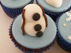Cupcakes Frozen - Olaf - Drucka Machado Bolos - www.facebook.com/druckamachadobolos