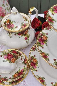 "I have over 100 pieces of this amazing fine china... Albert Royal ""old country rose"" 1962 addition... If anyone is interested please let me know... 949-683-2055.. I have dishes to vases to tables clothes to ornaments to picnic set ups..."