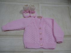 Newborn gift set. Hand knitted soft pink baby by Chalkstring