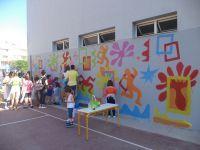 """""""Τα παιδιά ζωγραφίζουν στον τοίχο ....... κι η ζωή γιορτή σε πλατεία. Σάββατο 30 Μαΐου 2015, ώρα 5.00μμ - 9.30μμ."""