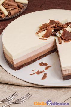 Un vero tripudio di dolcezza con la #CHEESECAKE AL TRIPLO #CIOCCOLATO (triple chocolate cheesecake)! #ricetta #GialloZafferano #italianrecipe