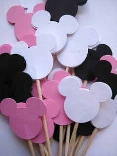 24 Mickey Mouse Pink - White - Black Party Picks - Cupcake Toppers from iheartpapercraft Minie Mouse Party, Minnie Mouse 1st Birthday, Minnie Mouse Baby Shower, Baby Mickey, Mickey Party, Happy Birthday B, 2nd Birthday Parties, Birthday Party Decorations, Deco Disney