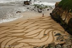 Hot Sand Art by Andres Amador