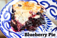 With blueberries in season right now, this is the perfect time to make this pie with perfectly ripe and sweet blueberries! Nature's candy in pie form | 5DollarDinners.com
