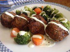 Κεφτέδες ψητοί με σάλτσα φέτας! - Filenades.gr