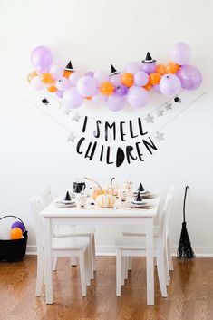 A Fun Hocus Pocus Inspired Halloween Party for the kids A Fun Hocus Pocus Inspired Halloween Party for the kids. Hallowen Party A Fun Hocus Pocus Inspired Halloween Party for the kids , Fröhliches Halloween, Holidays Halloween, Halloween Themes, Halloween Birthday Decorations, Hocus Pocus Halloween Decor, Halloween Crafts For Kids, Halloween Birthday Parties, Halloween Baby Showers, Diy Halloween Party Decorations