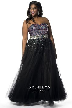 Sparkle and Shine at #Prom this year with the Sydney's Closet Big Tease Gown. Featuring a fully blinged out bodice and black tulle skirt, Big Tease really glows. Comes with optional strap and a shawl. Sold in sizes 14 to 32
