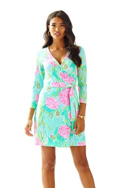 b759b304a9bd 20271_poolsidebluegoingstag (420×675) Fatale, Day Dresses, Dresses With  Sleeves, Dress. Lilly Pulitzer