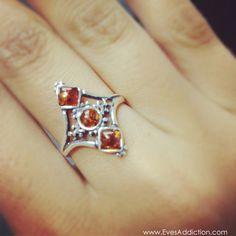 Vintage Style Diamond Shaped Genuine Baltic Amber Ring