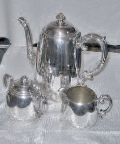 Wm Rogers Teapot, Creamer and Sugar With Top - Marked Eagle Wm Rogers Star - Vintage Set by BodaciousTreasures on Etsy