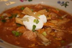 Crockpot Chicken and White Bean Chili - A classic chicken based chili made with white beans and loads of spicy goodness!