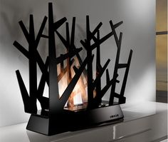 Steeltree is a bio-ethanol fireplace, is a clean and creative piece to use for heating purposes in your living room. Biofuel Fireplace, Bioethanol Fireplace, Modern Fireplace, Fireplace Wall, Fireplace Design, Portable Fireplace, Design Blog, Design Ideas, Room Planning
