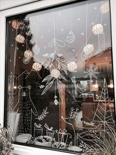 72 karácsonyi dekorációs tipp, amivel feldobhatod otthonod! Christmas Window Stickers, Christmas Window Decorations, Christmas Home, Christmas Lights, Christmas Wreaths, Winter Window Display, Window Displays, Scandinavian Christmas, Scandinavian Modern