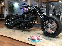 Sportster Chopper, Chopper Motorcycle, Motorcycle Design, Motorcycle Style, Motorcycle Accessories, Custom Choppers, Custom Harleys, Custom Street Bikes, Custom Bikes