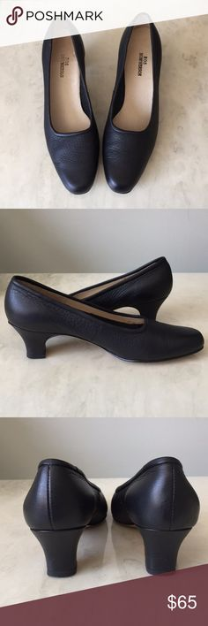 6728ba1916080d Ros Hommerson Leather Pumps Classic black pair of Ros Hommerson shoes.  Features a leather upper