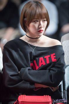 HELLO VENUS - Lime 라임 (Kim HyeLim 김혜림) at 2017 S/S HERA Seoul Fashion Week 161016 :: 2017 S/S 헤라 서울패션위크 #헬로비너스