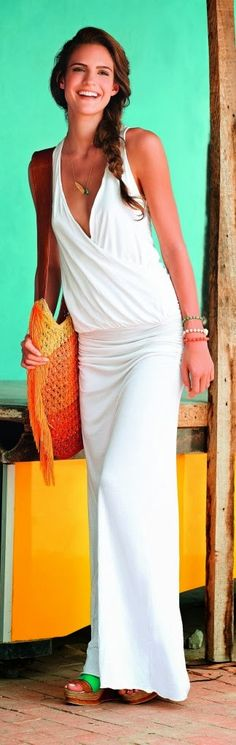 White maxi dress with handbag and sandals for summers