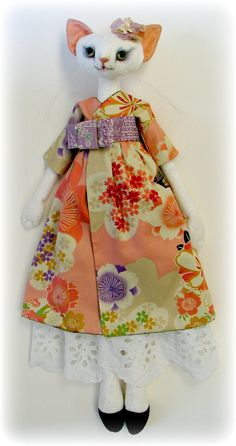 Cloth Doll Patterns by Leslie Molen