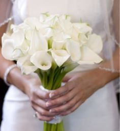 White Calla Lily bouquet   Preppy Wedding Inspiration