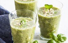 Virkistävä vihersmoothie Smoothie Drinks, Smoothies, Refreshing Drinks, Fresh Rolls, Guacamole, Baking, Health, Ethnic Recipes, Desserts