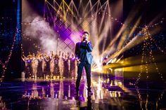X Factor 11 - Lorenzo Licitra canta Your Song di Elton John ed è subito effetto Natale in studio per Fedez e Manuel Agnelli [Video]
