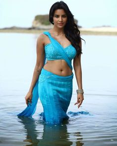 Priya_Anand_Exclusive_Hot_Stills+(19).jpg (1024×1282)