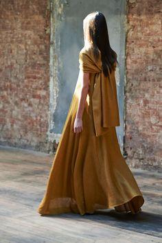 The-Row-fashion-show-spring-2015-the-impression-004
