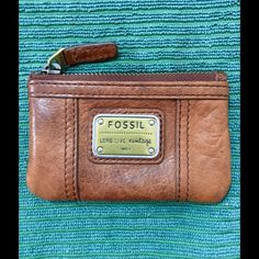 Fossil Coin/Card Holder Purse Fossil Leather Coin/Card Holder Purse NWOT Fossil Bags Wallets