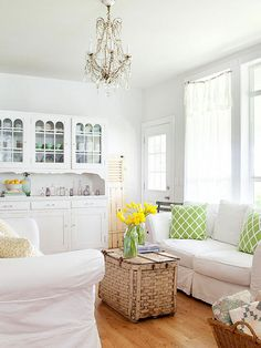 Ensure your small apartment living room or starter home living room is still open, functional and stylish with our expert tips and tricks. From how to arrange furniture, to choosing the right colors to paint the walls; these project ideas will make your small living room appear larger.