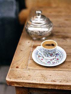 purpleishboots:    ohhwinter:  kahve (by chickpea44)
