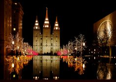 -Christmas Lights at Temple Square (3)-Salt Lake City, Utah, USA. The building in the background is the Mormon Temple.