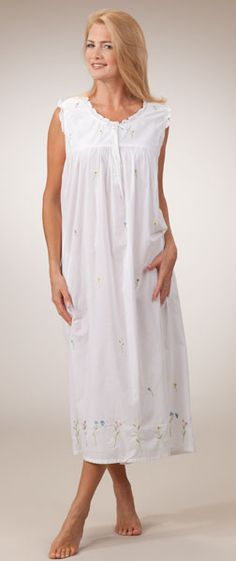 La Cera Sleepwear - Sleeveless Embroidered Long White Cotton Nightgown