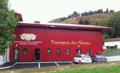 Via le crowdfunding, la Fromagerie des Aldudes ouvre son capital social à l'actionnariat participatif... Une question de survie pour les éleveurs de la Coopérative laitière du Pays basque.