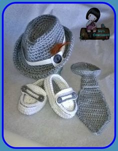 Baby Loafers Moccasins Crochet (VIDEO & FREE PATTERN) Baby booties are always fun to make; they are so cute and absolutely adorable! They are also fast and often the patterns are really simple. Crochet Baby Boy Hat, Baby Boy Hats, Booties Crochet, Crochet For Boys, Newborn Crochet, Crochet Shoes, Baby Booties, Crochet Clothes, Baby Knitting
