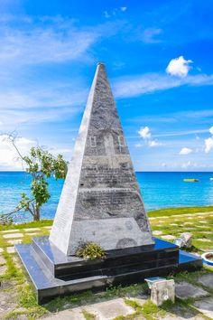 Monument, Paynes Bay, St. James.. Barbados