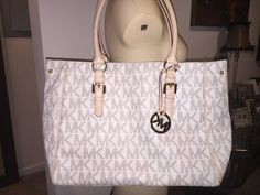 b4e4d91b596b0 Check out KORS Michael Kors Tote on Threadflip!