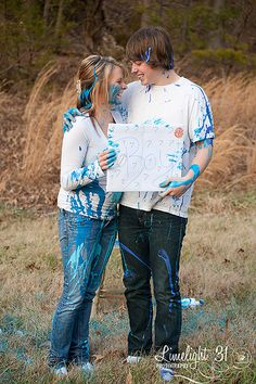 gender reveal paint photo shoot - gotta love a paint fight!
