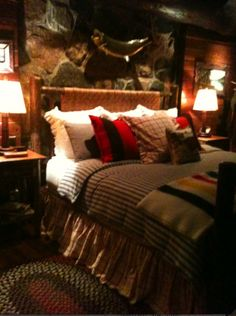 Cozy bedroom at the cottage - Love the Hudson wool blanket