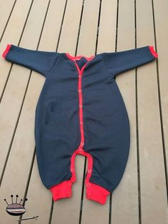 Produktfoto von Nähcram für Schnittmuster Overall Leon Baby Patterns, Sewing Patterns, Baby Overall, Natural Baby, Baby Kids Clothes, Refashion, Wetsuit, Free Pattern, Layette