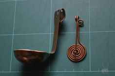 spinlepel, spinning spoon, spinning ladle, used for supported spinning.