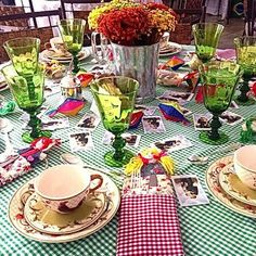 Despojada e chic: eis a mesa de Edna Soares!