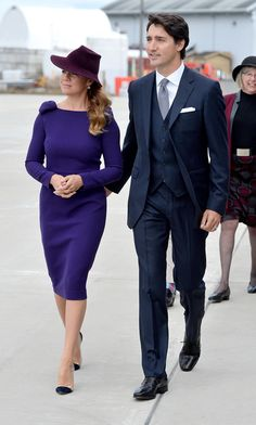 Prince William and Kate were welcomed to Canada by Prime Minister Justin Trudeau and his wife Sophie - get the latest on the royal tour