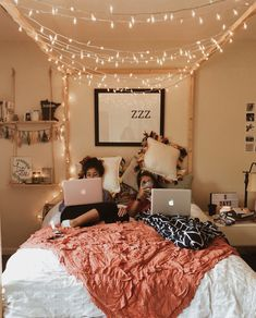 This is a Bedroom Interior Design Ideas. House is a private bedroom and is usually hidden from our guests. However, it is important to her, not only for comfort but also style. Much of our bedroom … Teenage Girl Bedrooms, Bedroom Teen Girls, Bedroom Decor Ideas For Teen Girls, Teen Decor, Tumblr Teenage Rooms, Dorm Rooms Girls, Teen Bedroom Decorations, Room Decor Teenage Girl, Ideas For Bedrooms