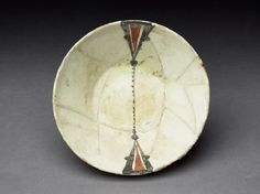 Bowl with painted decorationtop