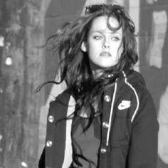 Kristen Stewart Fashion: Kristens Nike Style