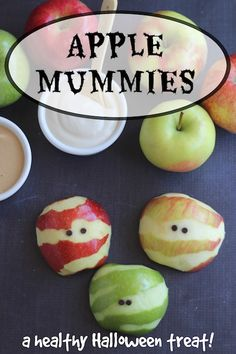 These adorable Apple Mummies are such an easy, healthy Halloween treat! Your little ghosties will gobble them up! A perfect fruit snack for Halloween parties, spook-tacular fruit trays, or a fun October after-school nibble! All healthy Food Ideas ~ Buffet Halloween, Halloween Fruit, Healthy Halloween Treats, Halloween Food For Party, Halloween Birthday, Halloween Kids, Holiday Snacks, Snacks Für Party, Fruit Snacks