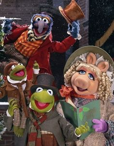 MUPPET CHRISTMAS CAROL.  Playing Friday, December 13 at 7 p.m. Admission by donations. #Savannah #holiday #movies